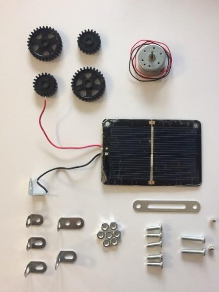 Metallbaukasten-Ergänzungsset-Motor-Zahnräder-Solarzelle-Tronico-10433